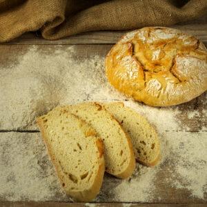 pane pugliese sobon alla semola di grano duro italiano rimacinata e 100% lievito madre.