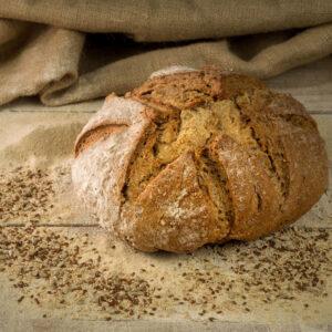 pane omnium sobon con farro spelta, segale integrale e semi tostati di sesamo, lino e girasole farine macinate a pietra